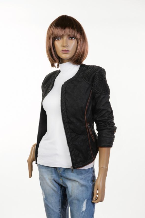 Pikowana czarna kurtka skóra biker S M