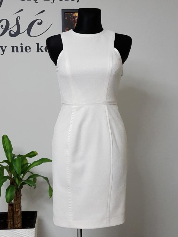 d02bf89dc8 kremowa sukienka HM w Suknie i sukienki - Szafa.pl