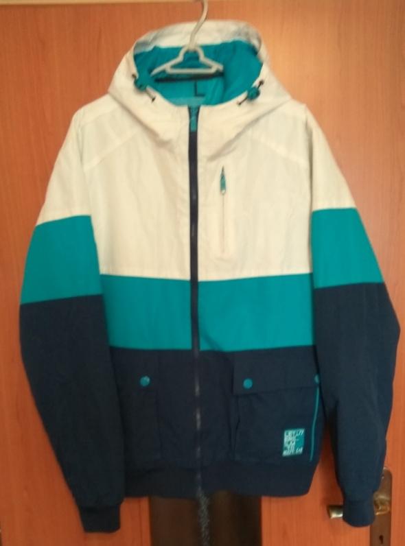 Męska kurtka z kapturem wiosenna jesienna trzy kolory Cropp L