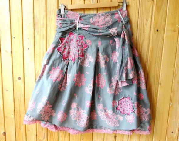 spódnica rozkloszowana xs 34 szara różowa kwiaty