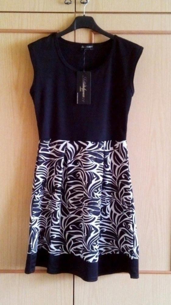 Letnia rozkloszowana sukienka wzorki S M