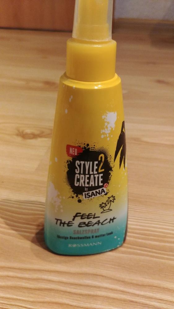 Spray solny do włosów nadający włosom fale 200 ml Isana