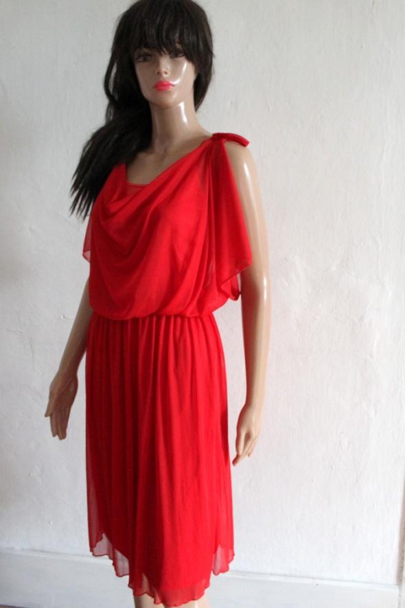 Czerwona zwiewna sukienka midi r S...