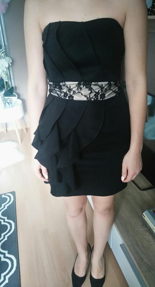 Sukienki mini czarna falbanka koronka