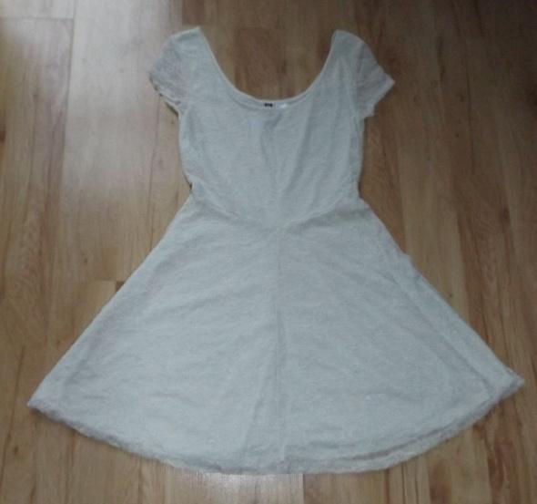 Koronkowa sukienka XS HM