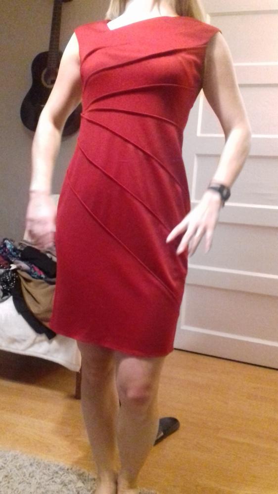 c7107eed9742c Suknie i sukienki Czerwona elegancka sukienka rozm M L cena z wysylka