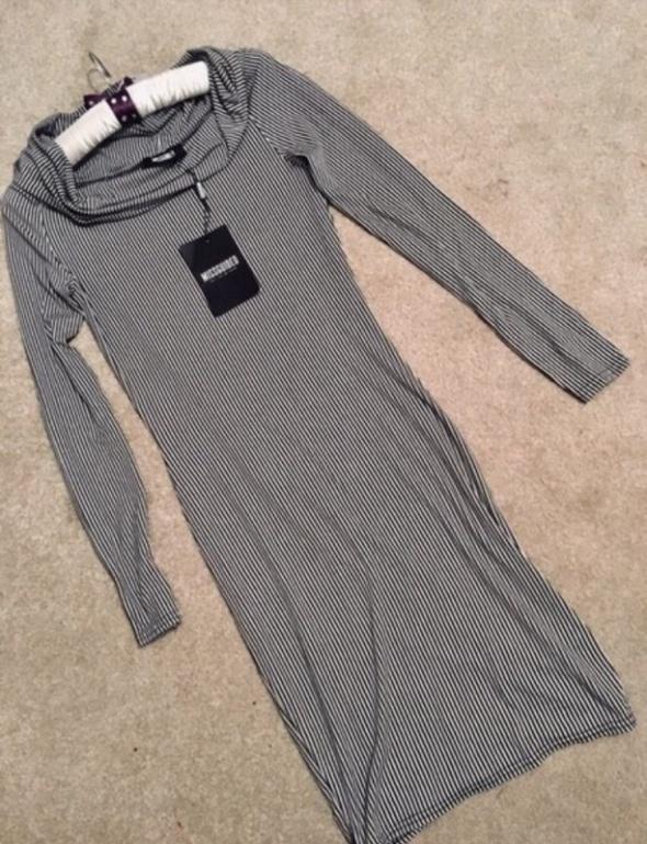 Sukienka nowa Missguided midi