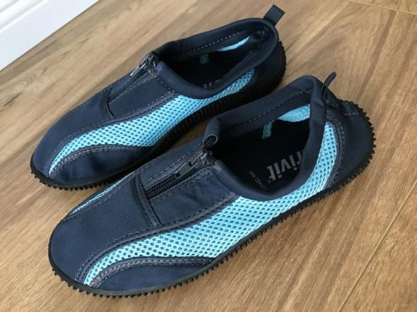 buty do wody granat z błękitem