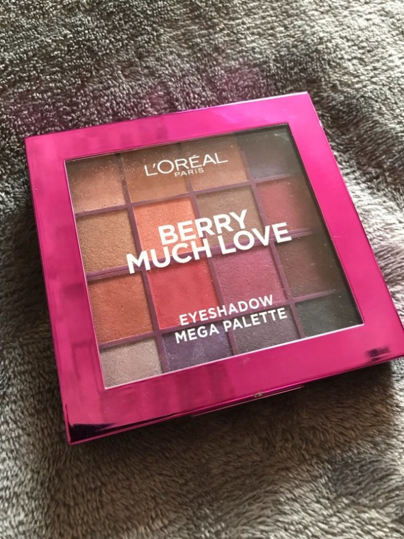 Paleta 16 cieni Berry much love LOreal