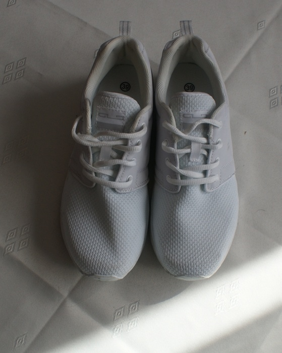 Sportowe Białe sportowe buty damskie r 39