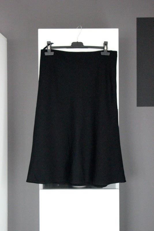 klasyczna spódniczka czarna midi kloszowana retro klasyka spódnica elegancka