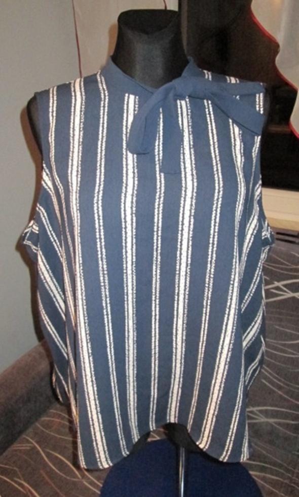 Elegancka granatowa tunika w roz 50
