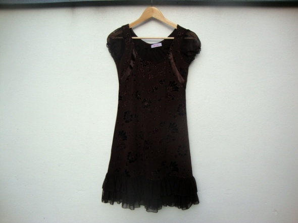 czekoladowa sukienka