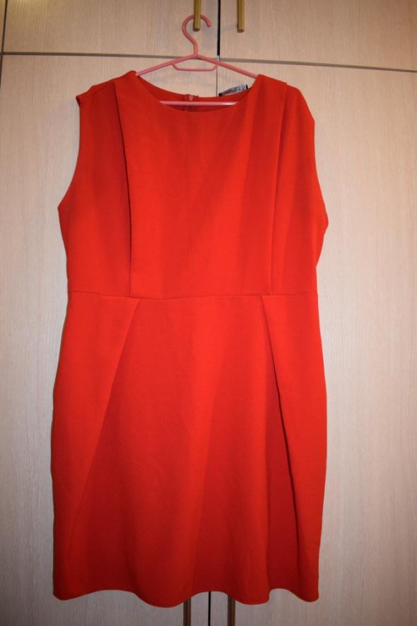 Czerwona sukienka duży rozmiar 48...
