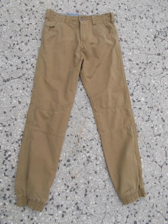 spodnie chłopięce bawełniane 146 do152cm