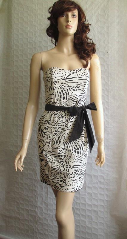H&M beżowa sukienka gorsetowa czarne wzory 34