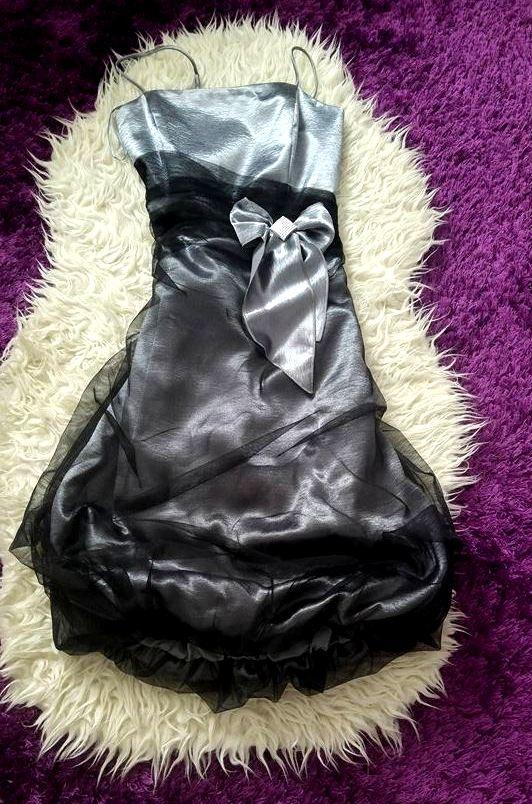 sukienka metaliczna bombka