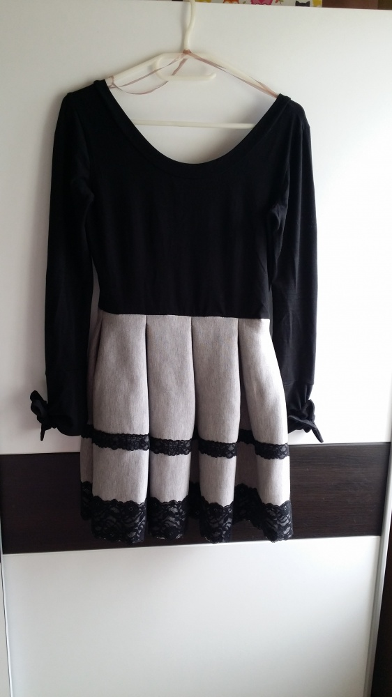Sukienka koronka dresowy dół S