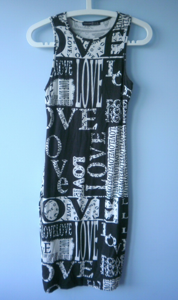 Atmosphere sukienka midi bodycon love wzory