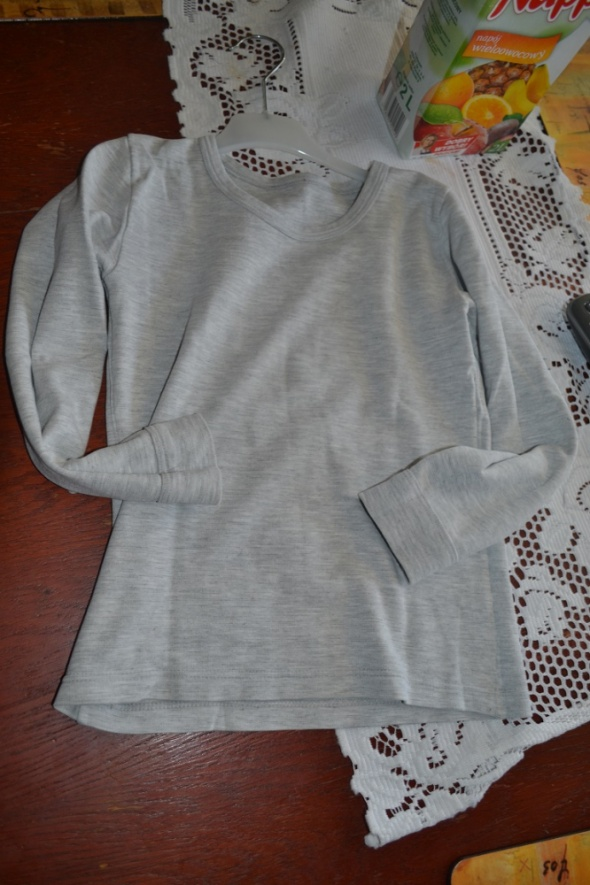 Szara bluzeczka 122cm 6 7 8 lat