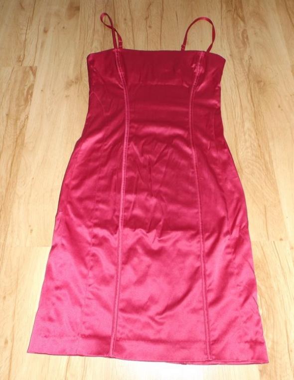Suknie i sukienki Różowa sukienka Gina Tricot XS