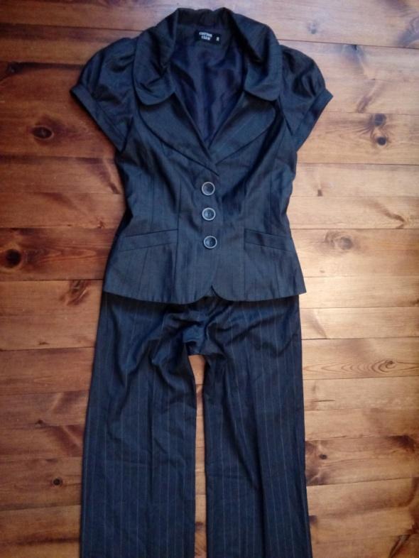 Szary kostium ze spodniami S