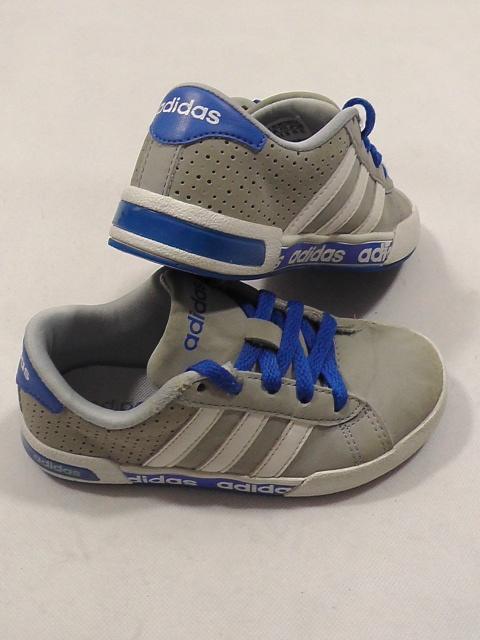 ADIDAS buty chlopiece rozm 29 dł wkl 17 do 18 cm
