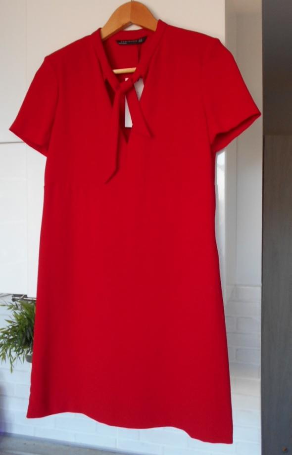 Zara nowa czerwona sukienka elegancka z kokardą