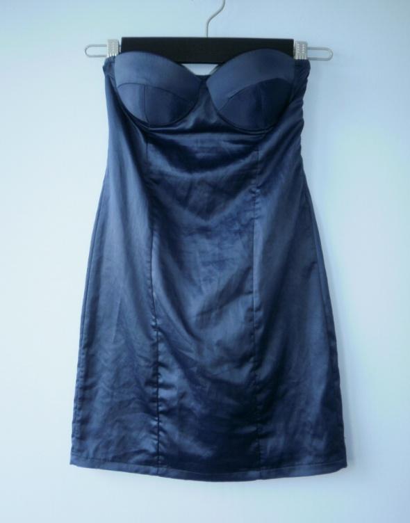 Fruscio granatowa gorsetowa satynowa sukienka