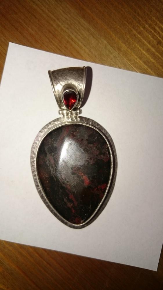 Orientalny srebrny wisior