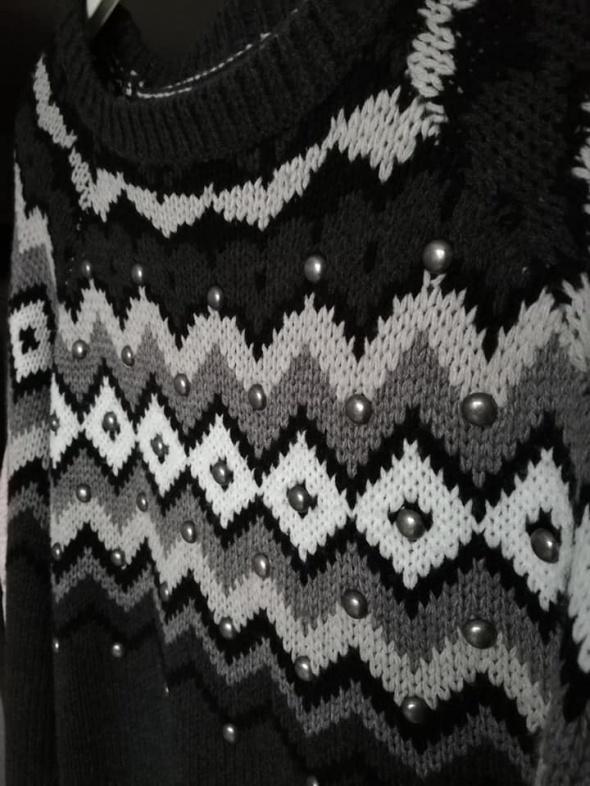 NOWY C&A ciepły sweter norweski z nitami...