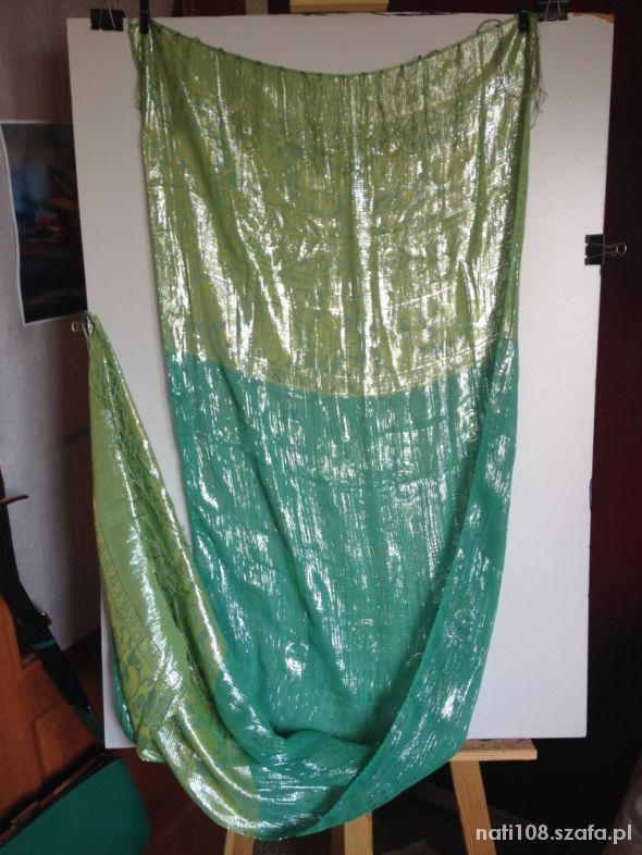 Zielony szal połyskujący z Indii