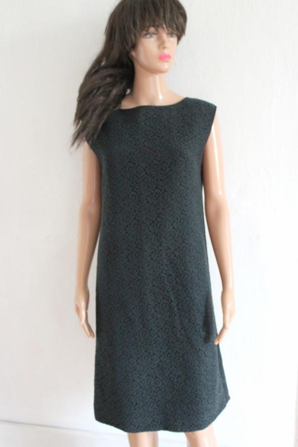 Koronkowa elegancka sukienka butelkowa zieleń r M