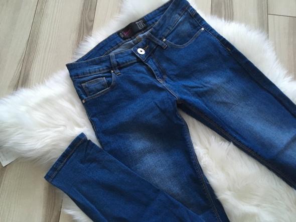 House spodnie rurki jeansy rozmiar S...
