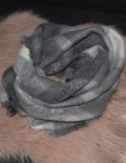 Mohito szalik w krate szary siwy...