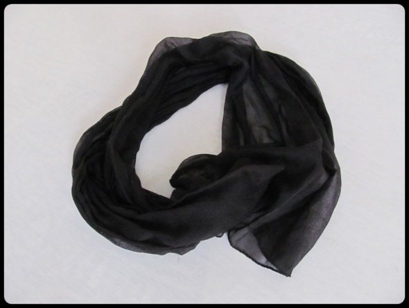 Cienki czarny szal 37 cm x 160 cm