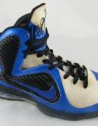 Nike Air Max Lebron 9...