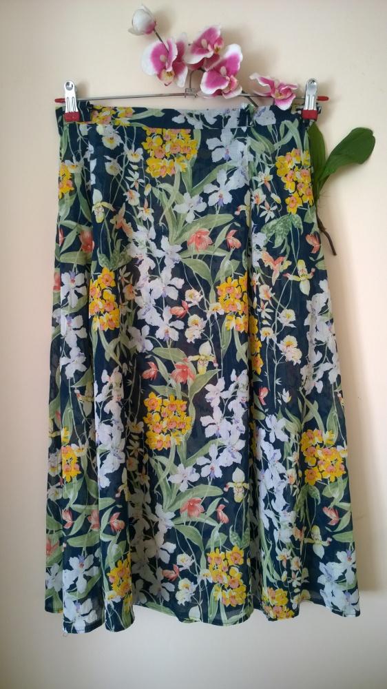 spódnica kwiatowy wzór