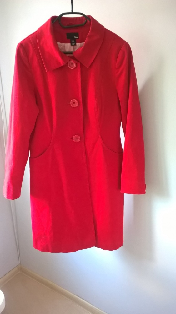 Czerwony śliczny płaszczyk jesień wiosna H&M