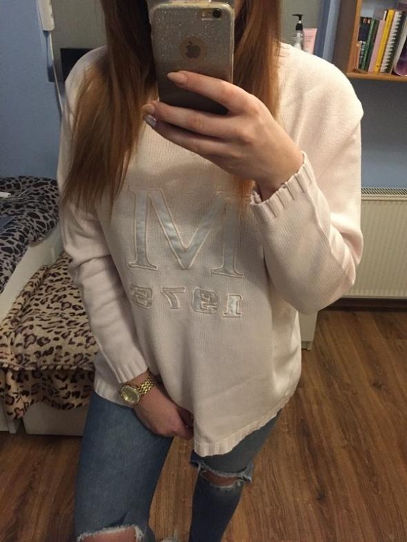 Sweter pudrowy róż L