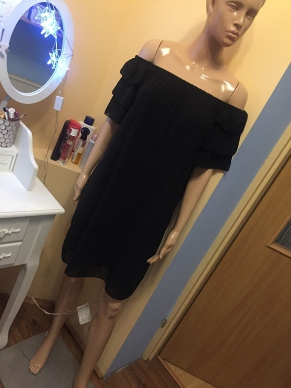 Nowa czarna sukienka hiszpanka M