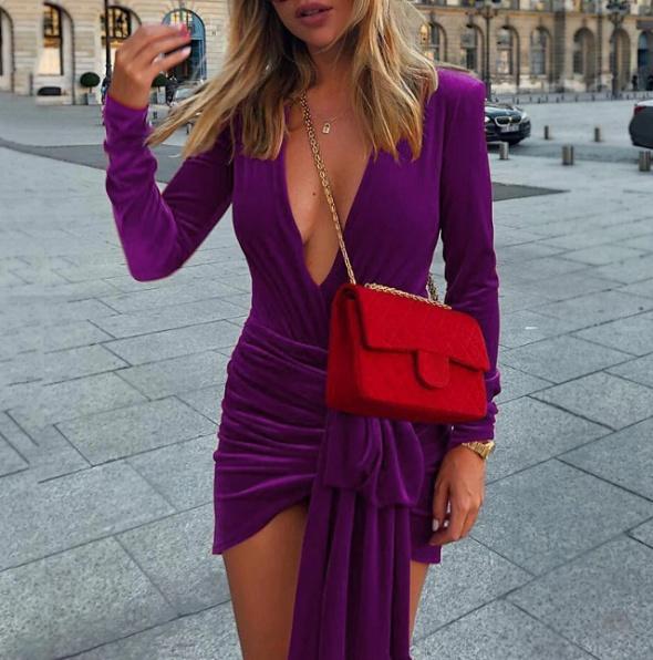 Fioletowa sukienka welur dekolt cudo