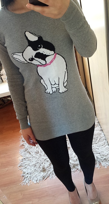 Sweterek jasny szary long dłuższy tunika pies buldog francuski Cropp Chillin
