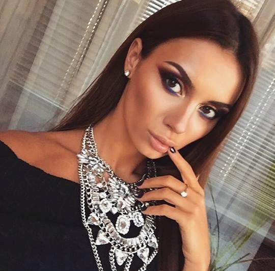 Kolia XXL srebrna z kryształkami SOPHIE luksusowa