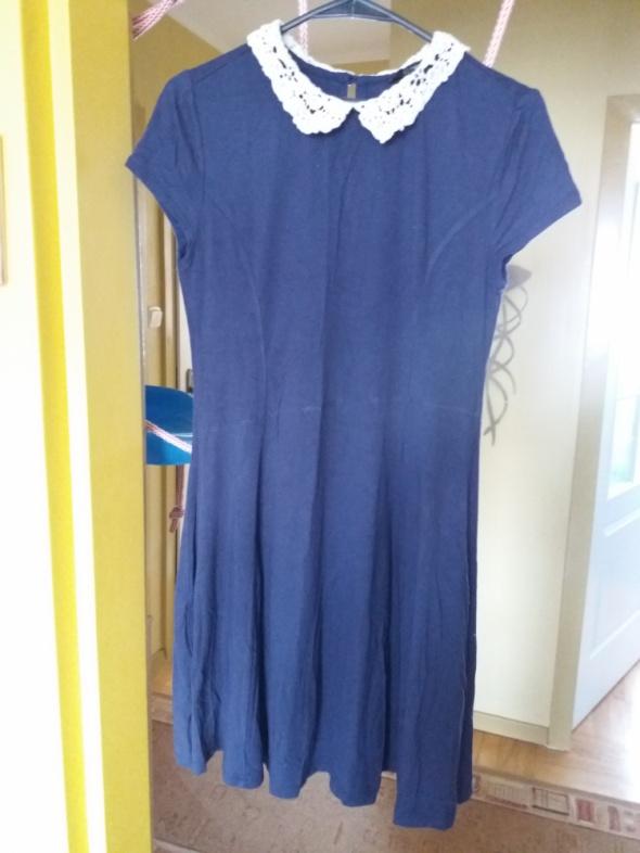 Granatowa sukienka Forever 21...