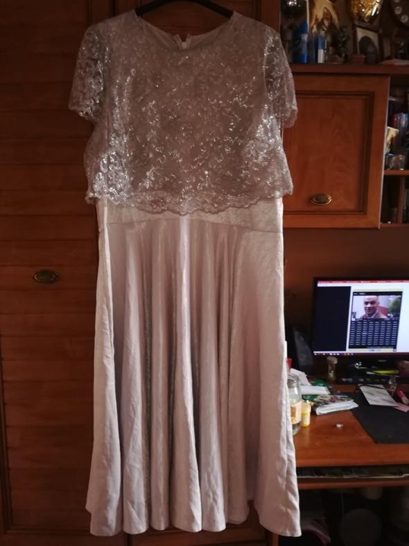 ASOS wieczorowa sukienka dla puszystej 52...