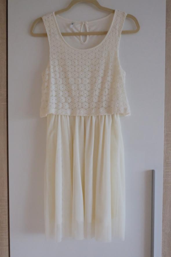 Suknie i sukienki kremowa sukienka Only S