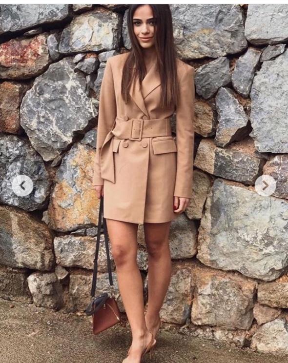 Płaszcz Zara z paskiem