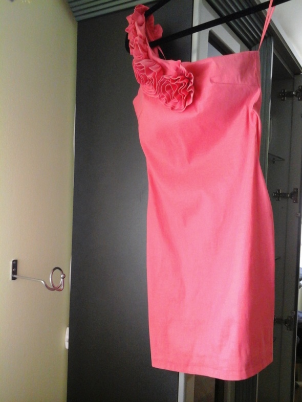 Sukienka okolicznościowa...