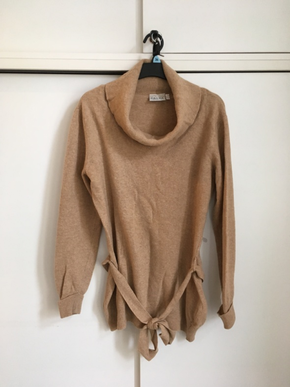sweter CA wełna 80 procent...